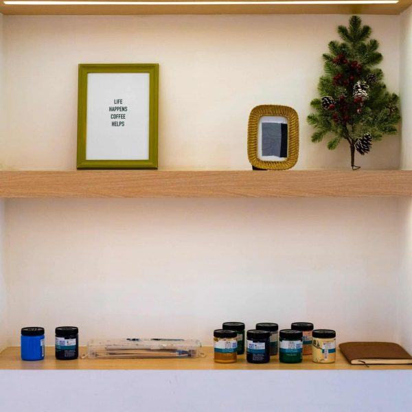 fixer une étagère, Comment fixer une étagère ? Réussissez grâce à nos 2 méthodes !