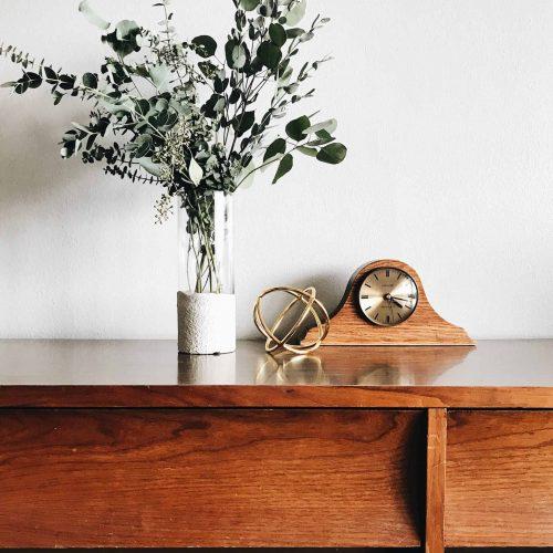 repeindre un meuble, Comment repeindre un meuble en bois en seulement 4 étapes ?